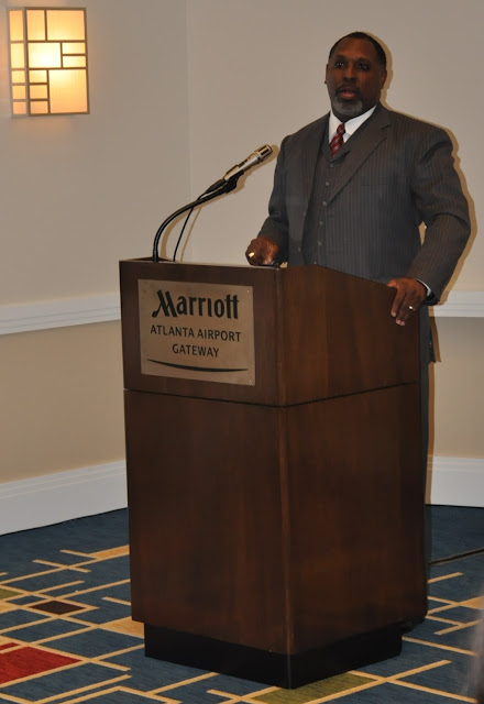 Oct. 2010: Effective Chapter Membership w/William Johnson - DSC_4058.JPG