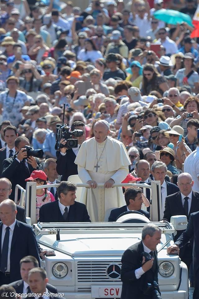 papież, 8 czerwca 2016 - 13417706_1223780720966863_6081997557896834210_n.jpg