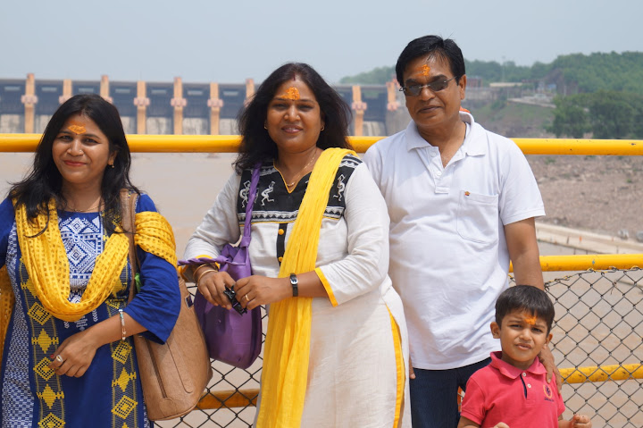 Omkareshwar and Hanmuntiya water resort - DSC06408.JPG