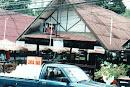 Linda Bar, Soi Wongamat, Nord-Pattaya, 2002 (Bar-Gebaeude gibt es nicht mehr, jetzt Vorplatz und Restaurant)