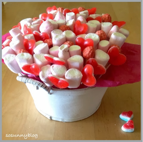 cesta de chuches. Candy basket