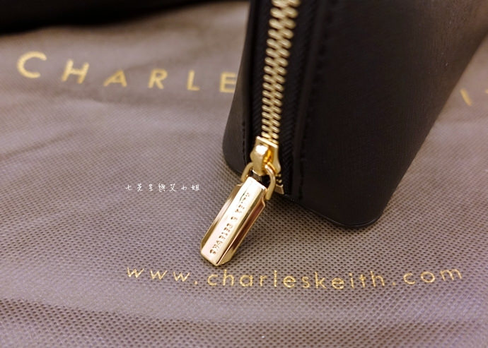 45 新加坡必買平價精品 Charles & Keith 小CK