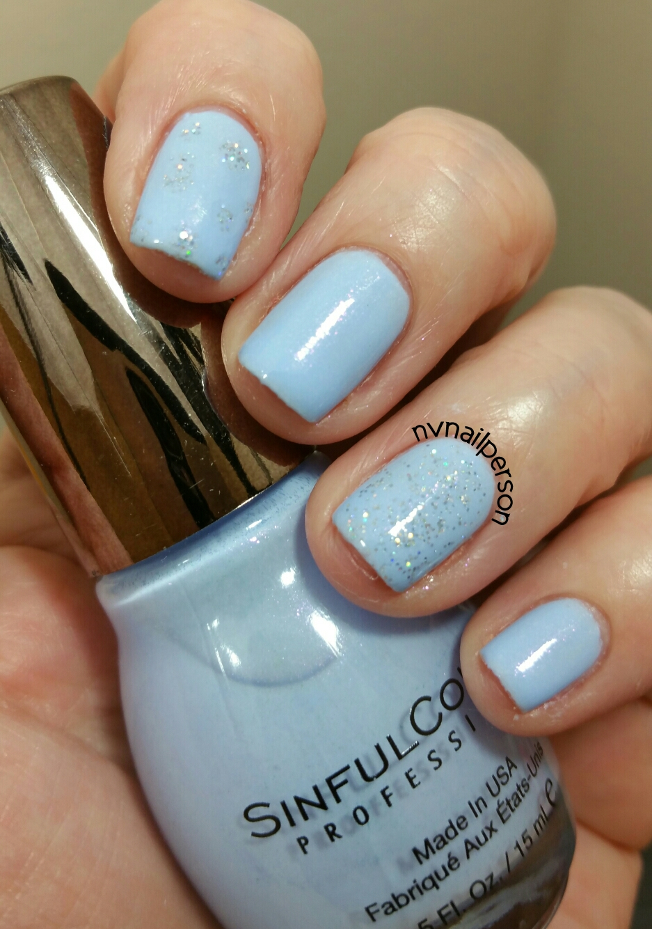 nvnailperson: Sinful Colors - Kiss Goodnight and Urban Magic