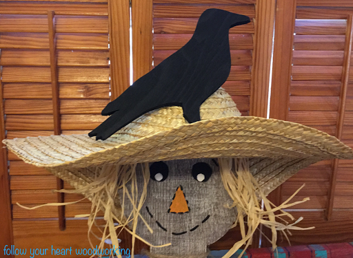 crow on hat