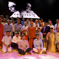 Group photo with Guruji and SahebdadaDSC_1576.jpg