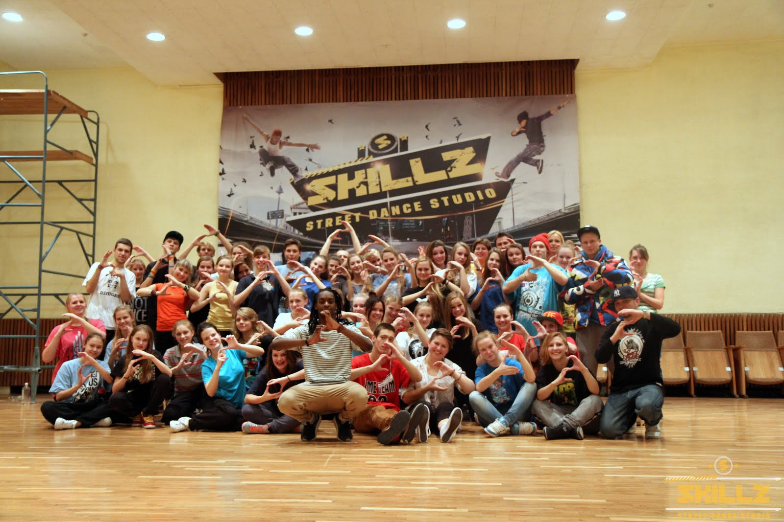 Hip- Hop workshop with Shaadow (UK) - IMG_1942.jpg