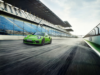 All-new 2019 Porsche 911 GT3 RS with 514 horsepower!