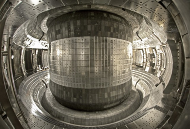 interior do Tokamak chinês