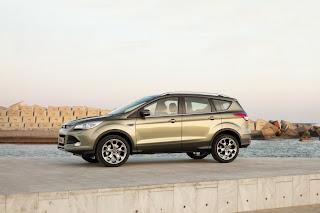 2013-Ford-Kuga-11