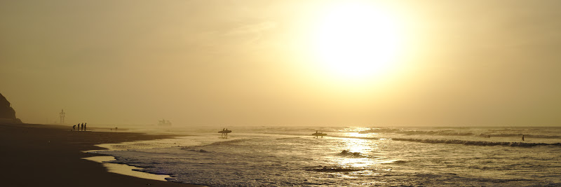Surful, un sport ce odata si odata tot trebuie incercat.