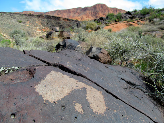 Footprint petroglyphs