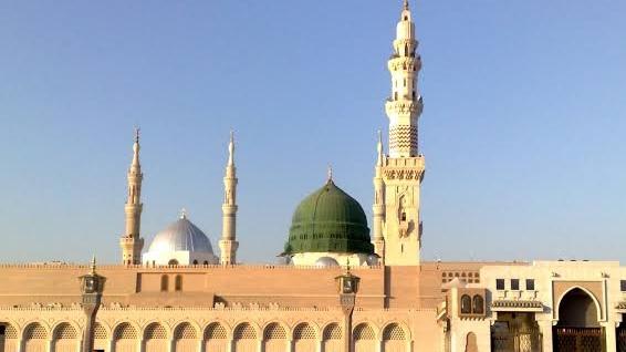 Cegah Persebaran Corona, Arab Saudi Tutup Masjid untuk Salat Lima Waktu