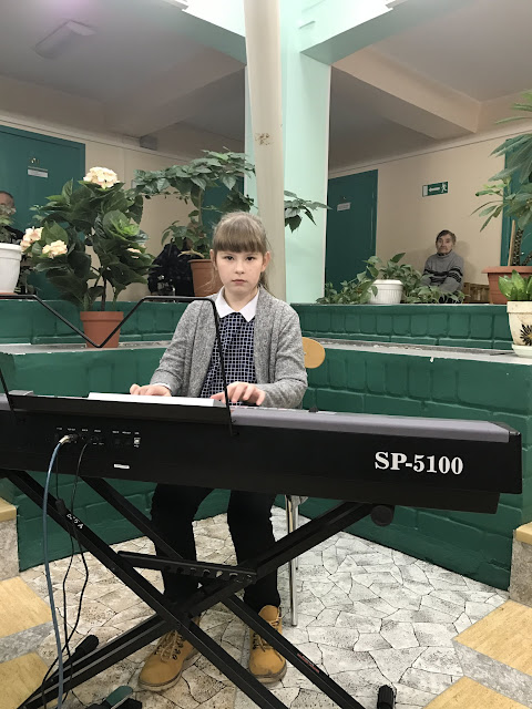 Ahtme Vanurite Hooldekodus Kevadkontsert / Bесенний концерт в доме престар - IMG_1063%255B1%255D.JPG