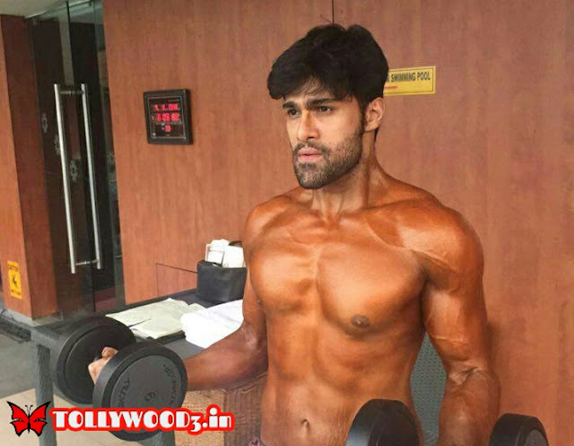 Rahul haridas six pack body
