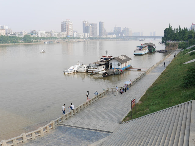 pedestrian area next to Xiang River in Hengyang