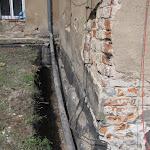 2010.07.30.-Osuszanie murów zespołu klasztornego.JPG
