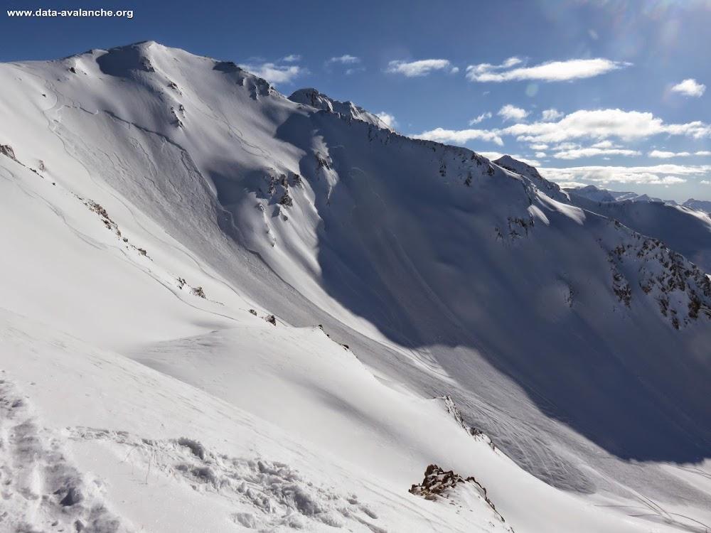 Avalanche Ubaye - Parpaillon, secteur Montagne de l'Alpe de Verdun, Hors piste station des Orres - Photo 1 - © Borg Emmanuelle