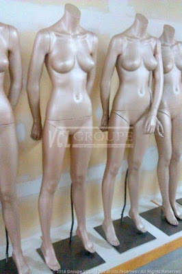 HIGH FASHION FEMALE MANNEQUINS - 2