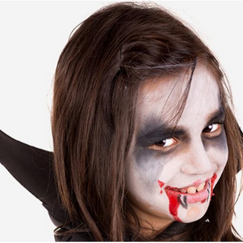 Maquillaje de dracula para niña