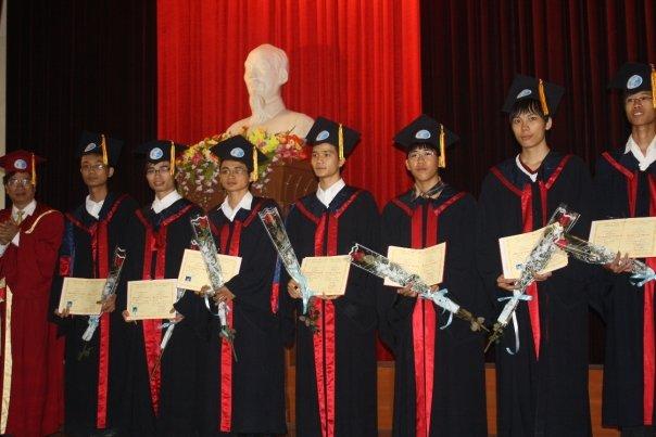 Phạm Duy Thăng tốt nghiệp đại học 2005-2009