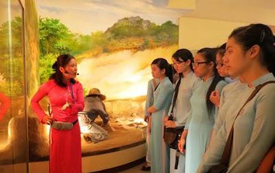 hotel-in-da-nang-festival-history