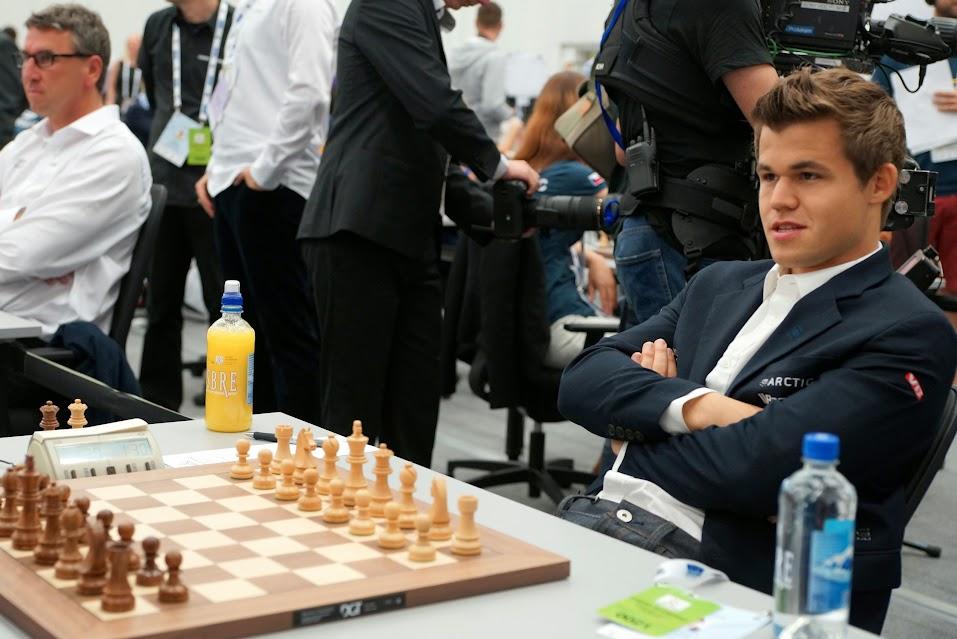 Magnus Carlsen siempre sonriente.