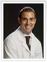 Bác sỹ Alexis Vazquez