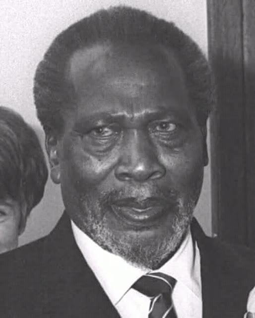 The wives and children of President Jomo Kenyatta