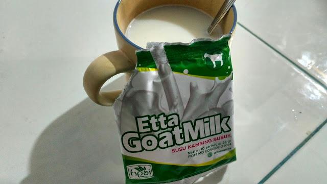 Cara Mudah Menikmati Susu Kambing