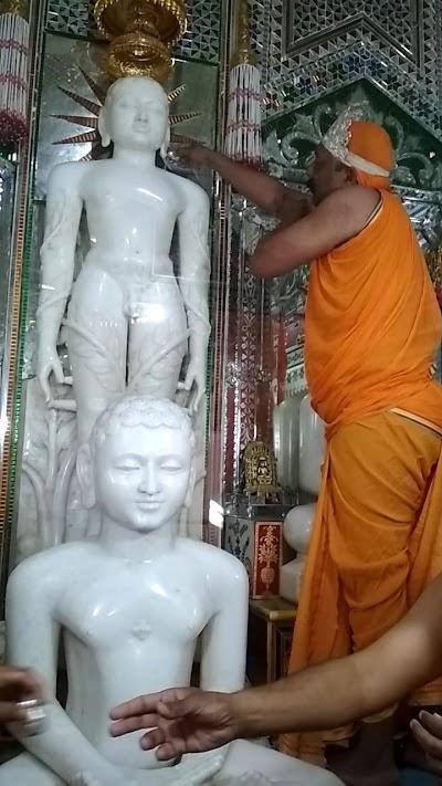 62 वर्षों बाद हुआ बाहुबली भगवान का महामस्तकाभिषेक