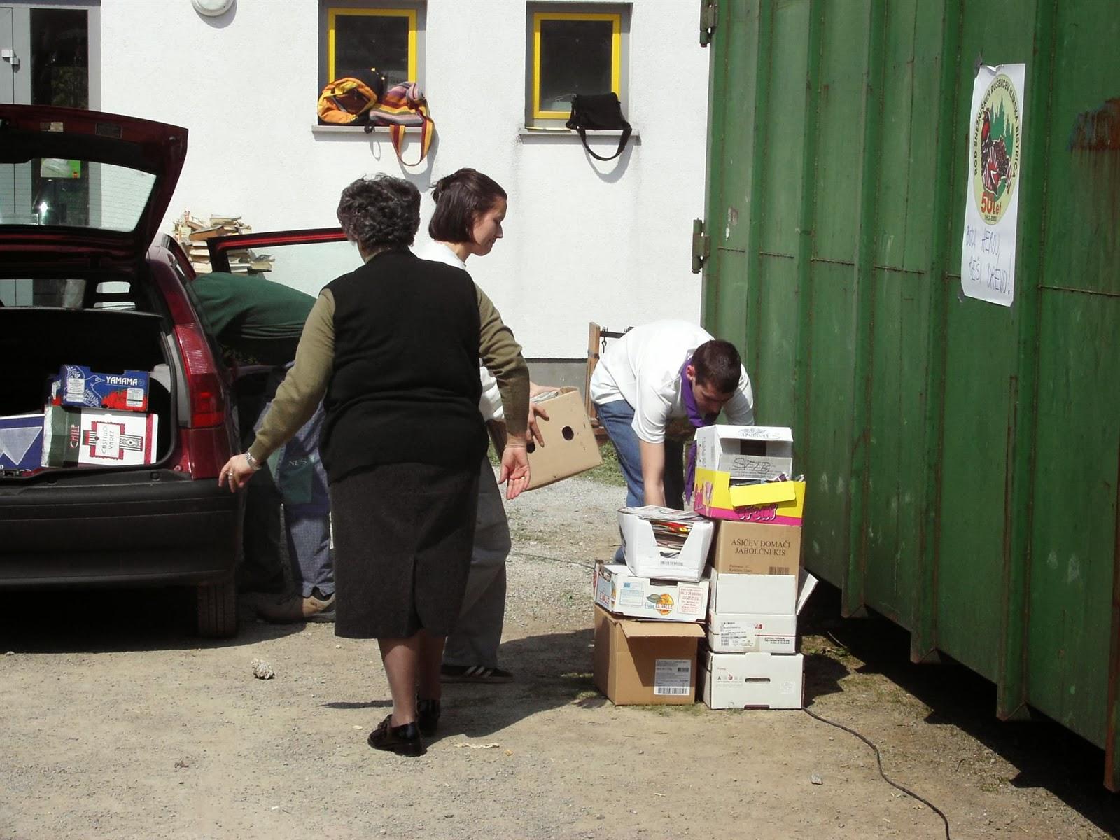 Zbiranje papirja, Ilirska Bistrica 2006 - KIF_8423.JPG