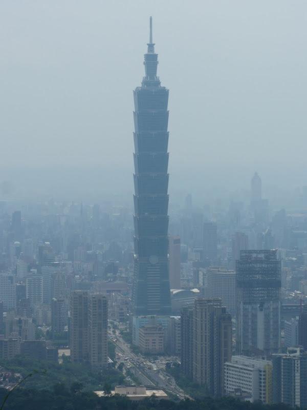 Taipei. Si Shou Shan, et la découverte des maisonnettes du professeur Y I   易教授 - P1340801.JPG