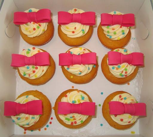 Cupcakes Rieke 30 jaar.JPG