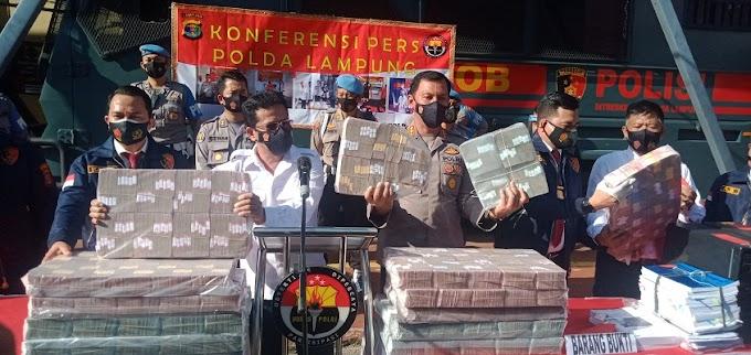 Uang 10 Milyar dan Beberapa Dokumen Penting Disita Diskrimsus Polda Lampung