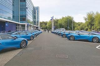 Elle coûte 120 000 Euros Une BMW i8s pour Mahrez !