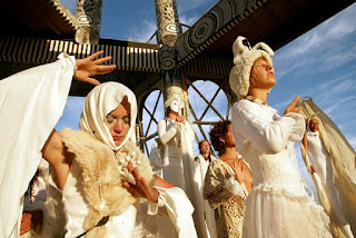 White Utopias: The Religious Exoticism of Transformational Festivals