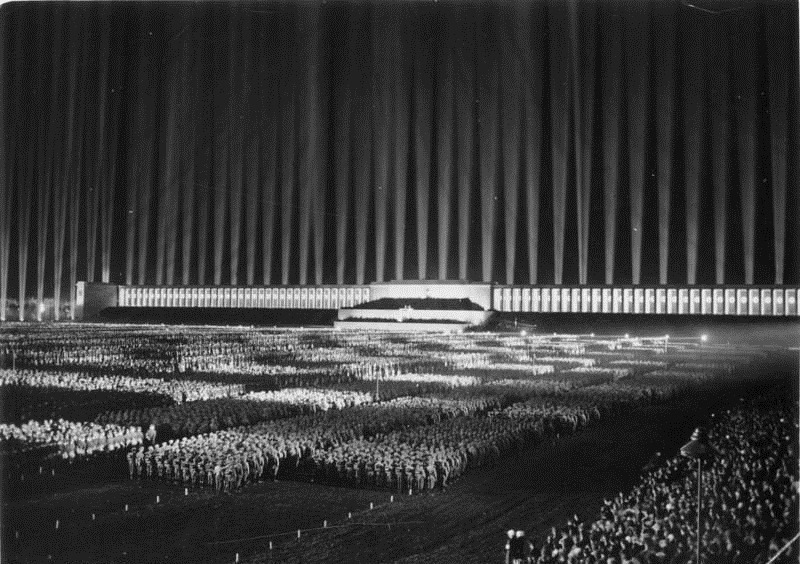 nazi-cathedral-of-light-2