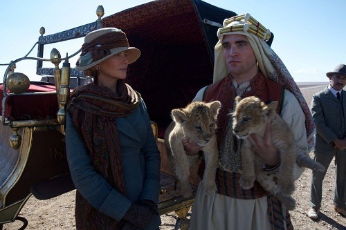 Nicole Kidman and Robert Pattinson in QUEEN OF THE DESERT