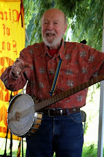 Pete Seeger mit Banjo.