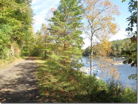 MaxMeadows_New_River_trail2