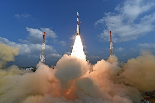 India sets record by launching 100 satellites aboard a single rocket