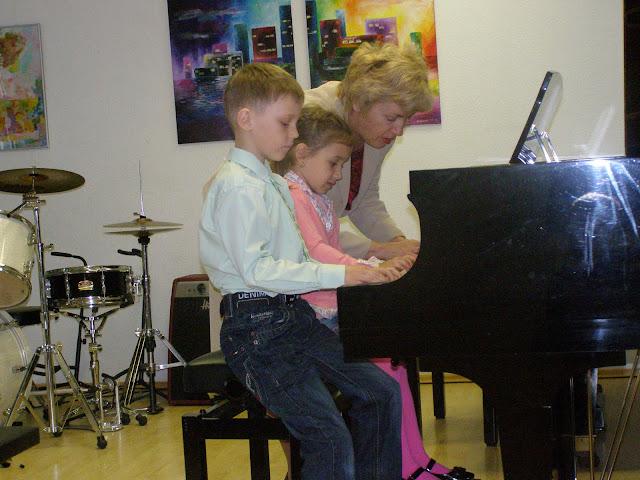 kontserdid   Ahtme linnaosa lasteaedade lastele  ja  gümnaasiumi algklasside õpilastele - P5210011.JPG