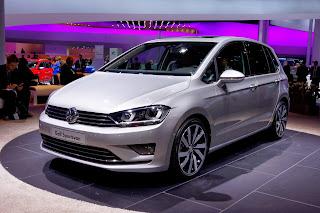 2014-VW-Golf-Sportvan-1