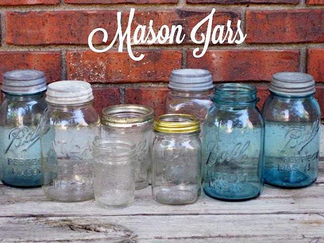 Mason jars for rent from Momentarily Yours Events at www.momentarilyyours.com
