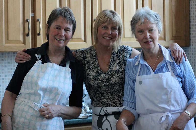 29-Gill,-Sue-and-Jean---Jo-W