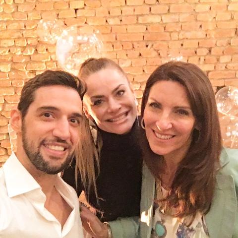 ca750dad467 Dori Beto e Fernanda Abreu amigos queridos. Postado por Marcia Boscardin ...