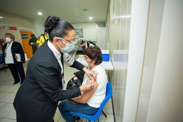 Inicia SESA segunda fase de vacunación contra Covid-19 a personal médico