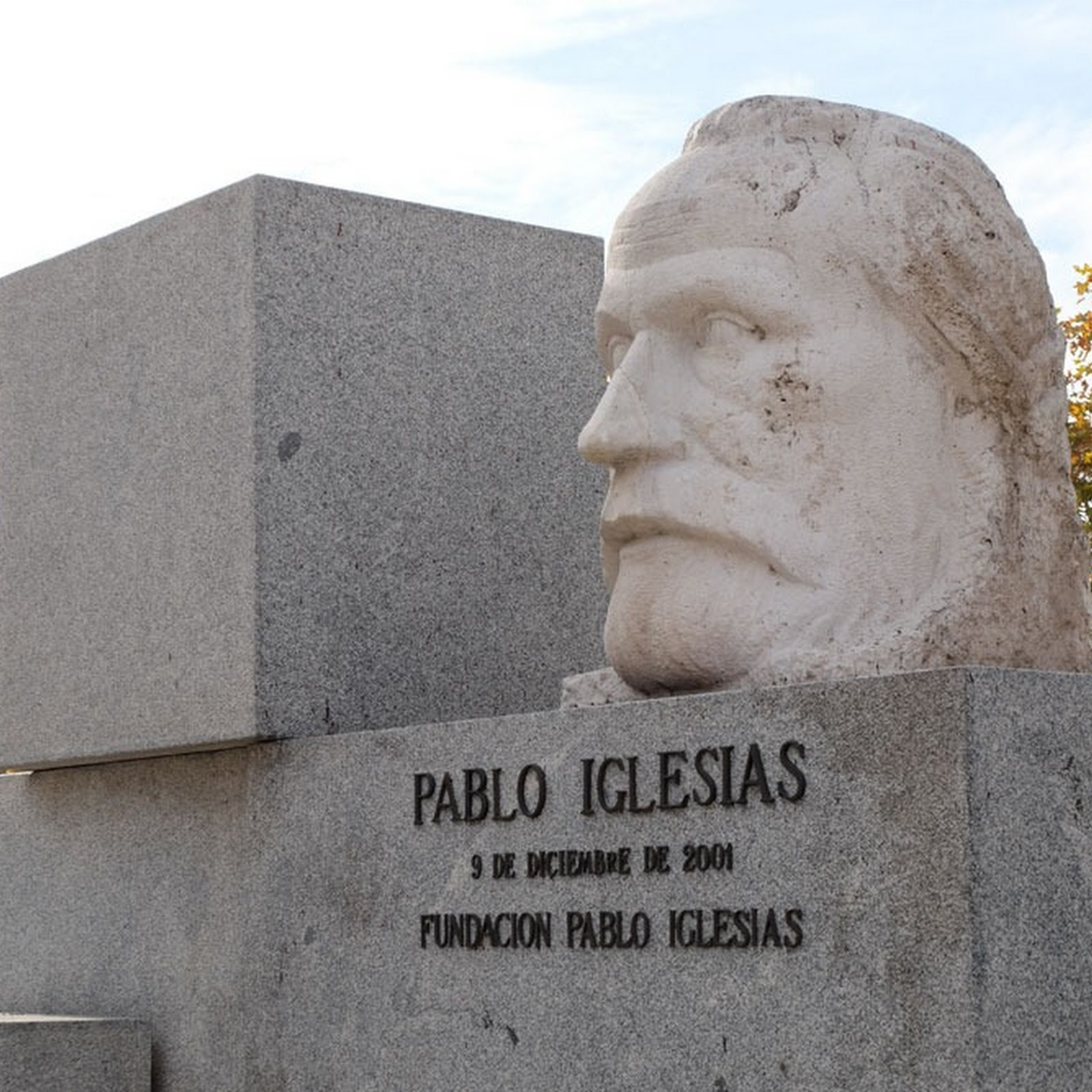 The Indestructible Bust of Pablo Iglesias