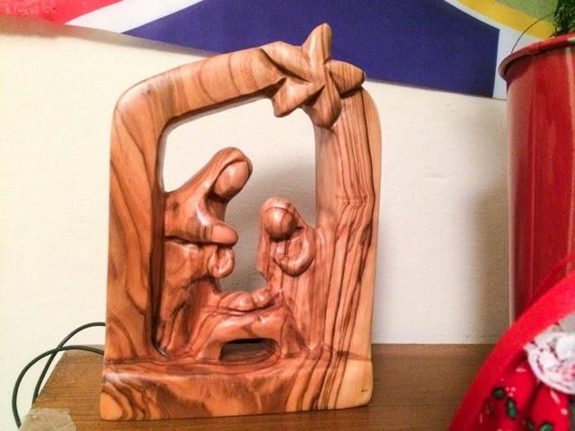olive-wood-nativity