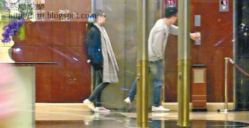 「木偶哥」林師傑與歐陽巧瑩心急走進酒店,共度良宵。